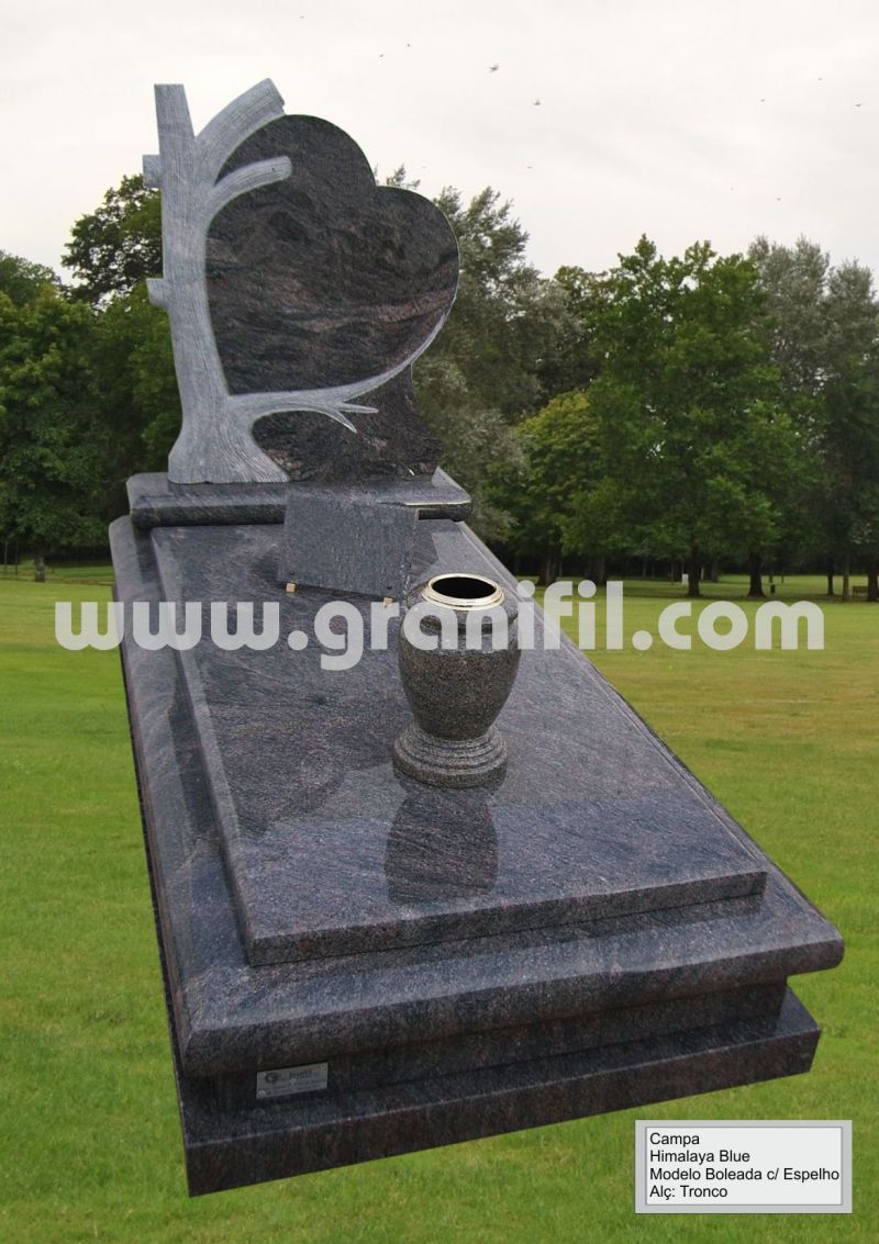 Monument in Granite - Round Model with Tree Headstone   | Granifil - Mármores e Granitos