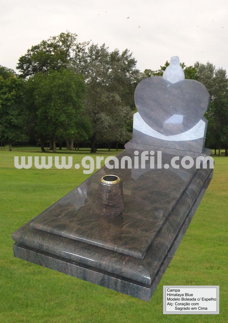 Monument in Granite -  Round Model with Heart Headstone Saint  | Granifil - Mármores e Granitos